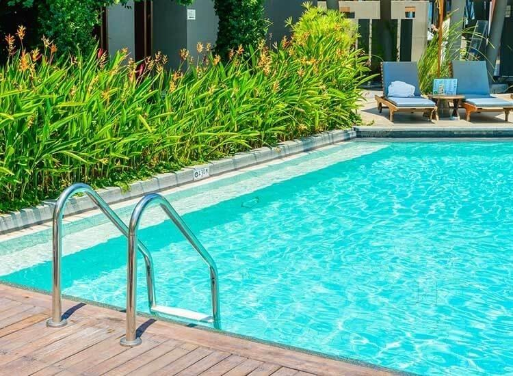 installing home pools